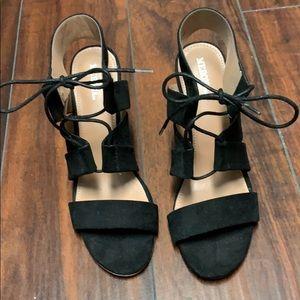 Super cute bow block heels black